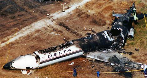 Расследование авиакатастроф 18 сезон 3 серия. Фото с места катастрофы.